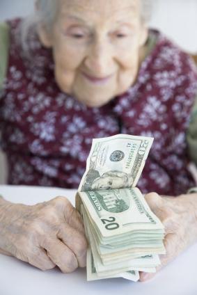 Выплата пенсии в доме престарелых