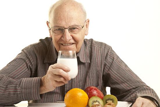 Какие витамины нужны пожилым людям